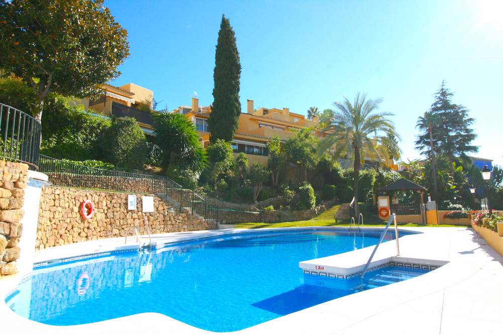 This is a spacious corner townhouse located in Marbella, only 300 meters away from the Piruli' , Spain