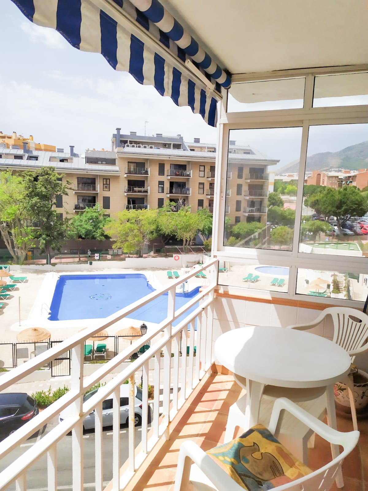 Middle Floor Apartment for sale in Benalmadena Costa R3685046