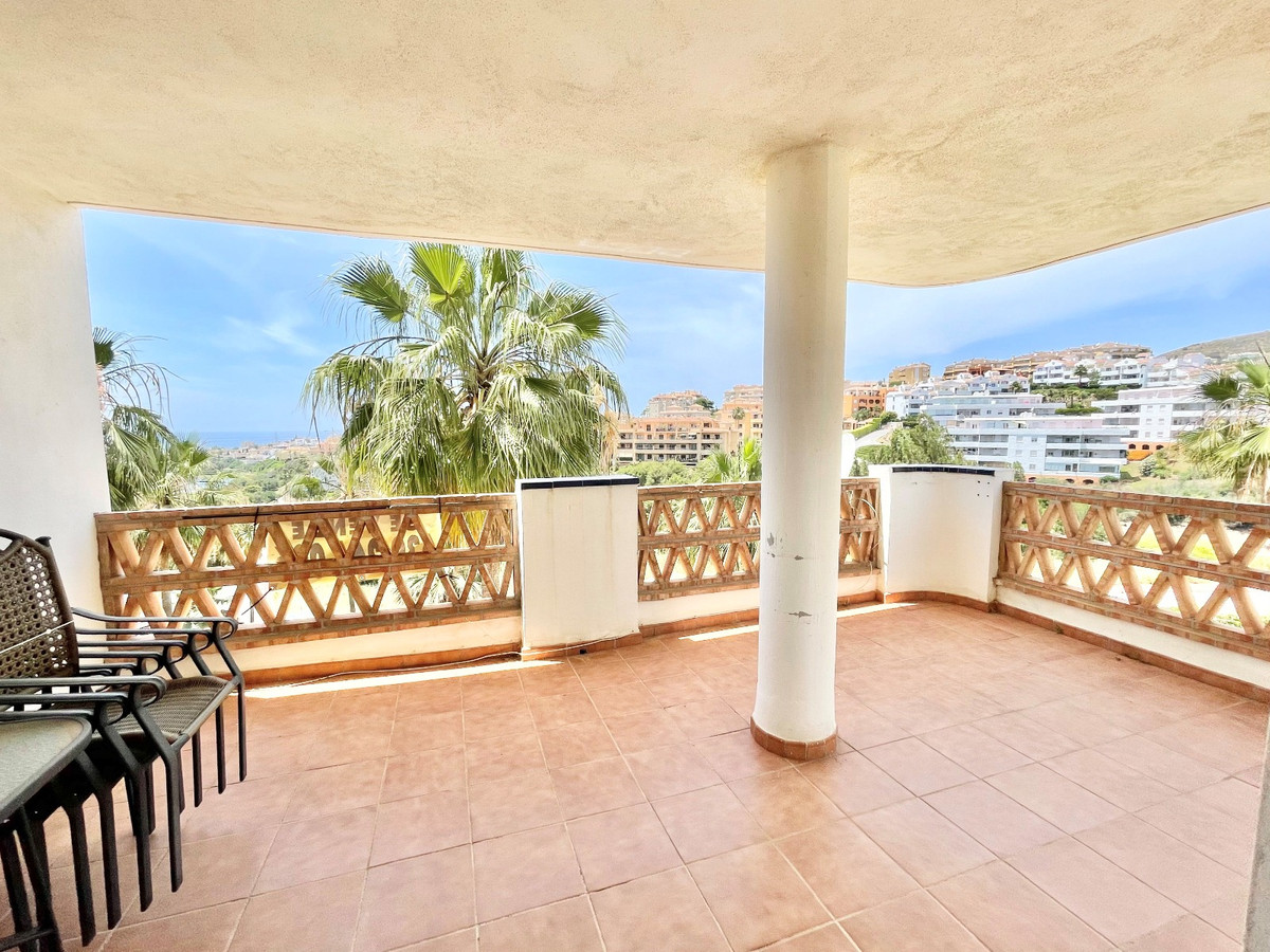 Apartment  Middle Floor 													for sale  															and for rent 																			 in Mijas Costa
