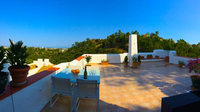 Marbella Banus Apartamento Planta Media, Benahavís – R3645560