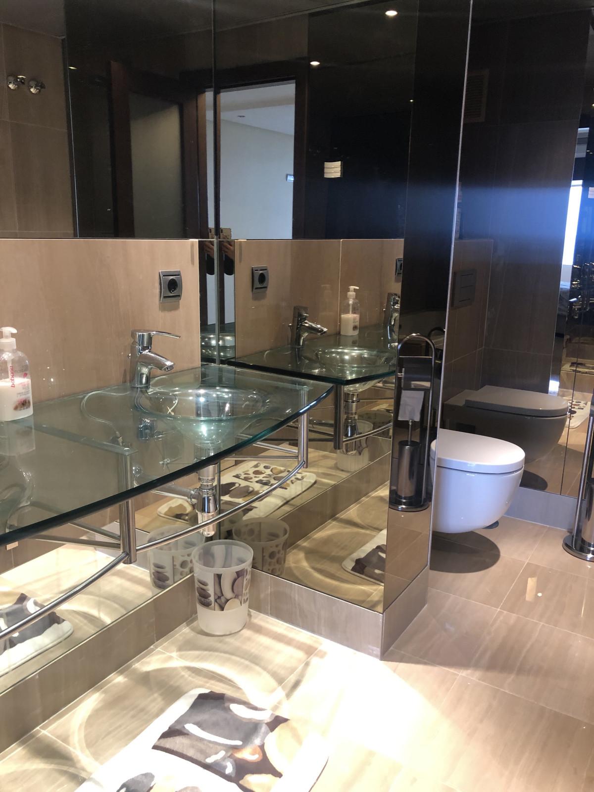 Apartamento en Venta en New Golden Mile – R3387943