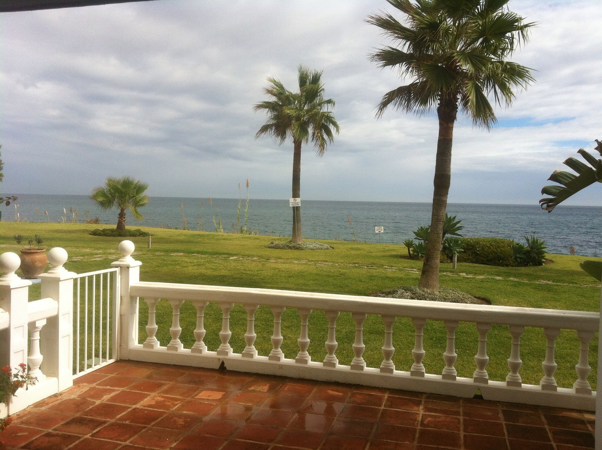 Apartamento Planta Baja en Casares Playa