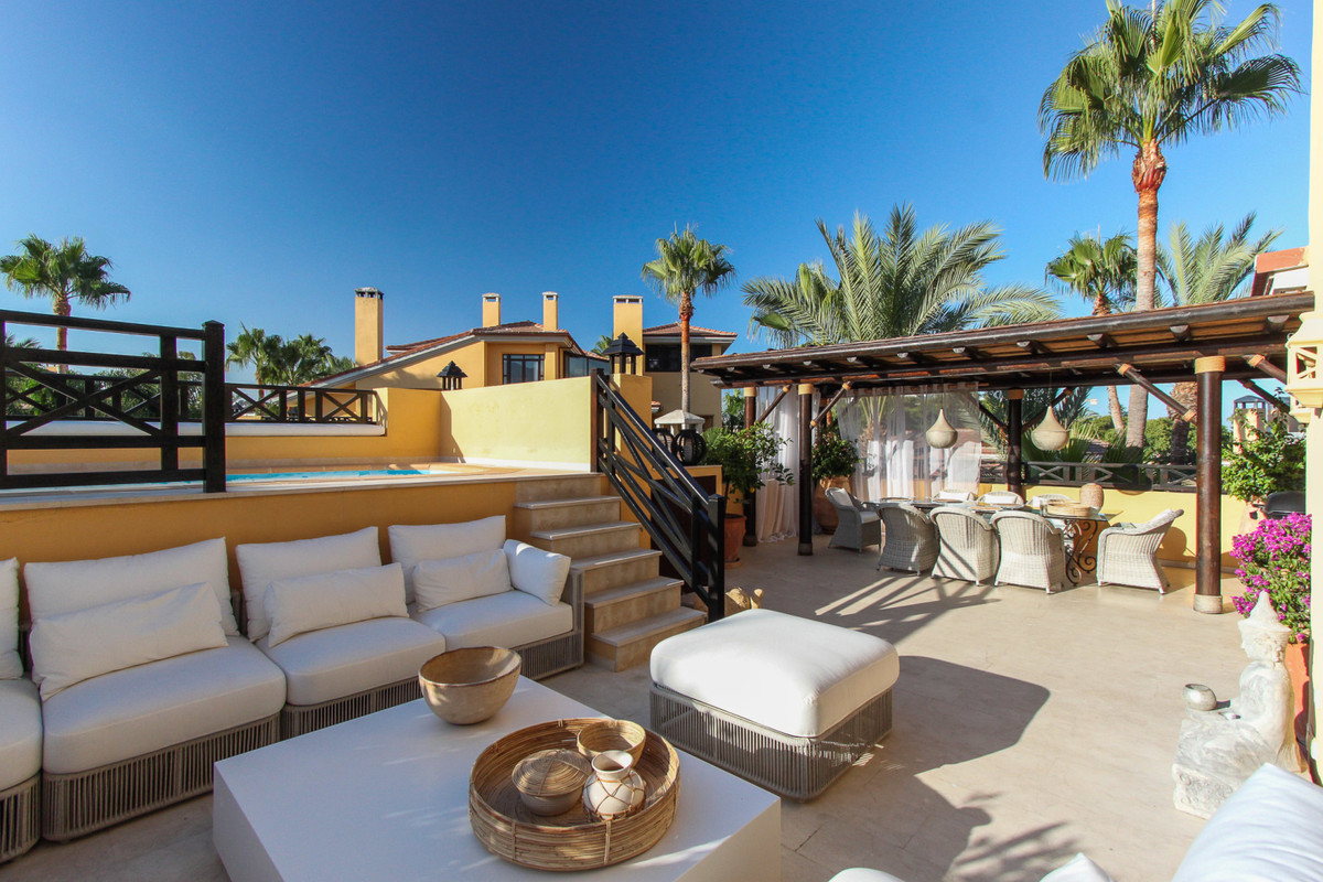 The Bahia de Banus development is a luxury development within an easy 10 minutes walk to the centre , Spain
