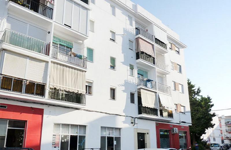 Middle Floor Apartment - Estepona - R3610403 - mibgroup.es