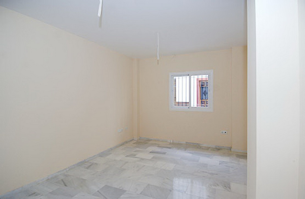 1 Bedroom Middle Floor Apartment For Sale Monda