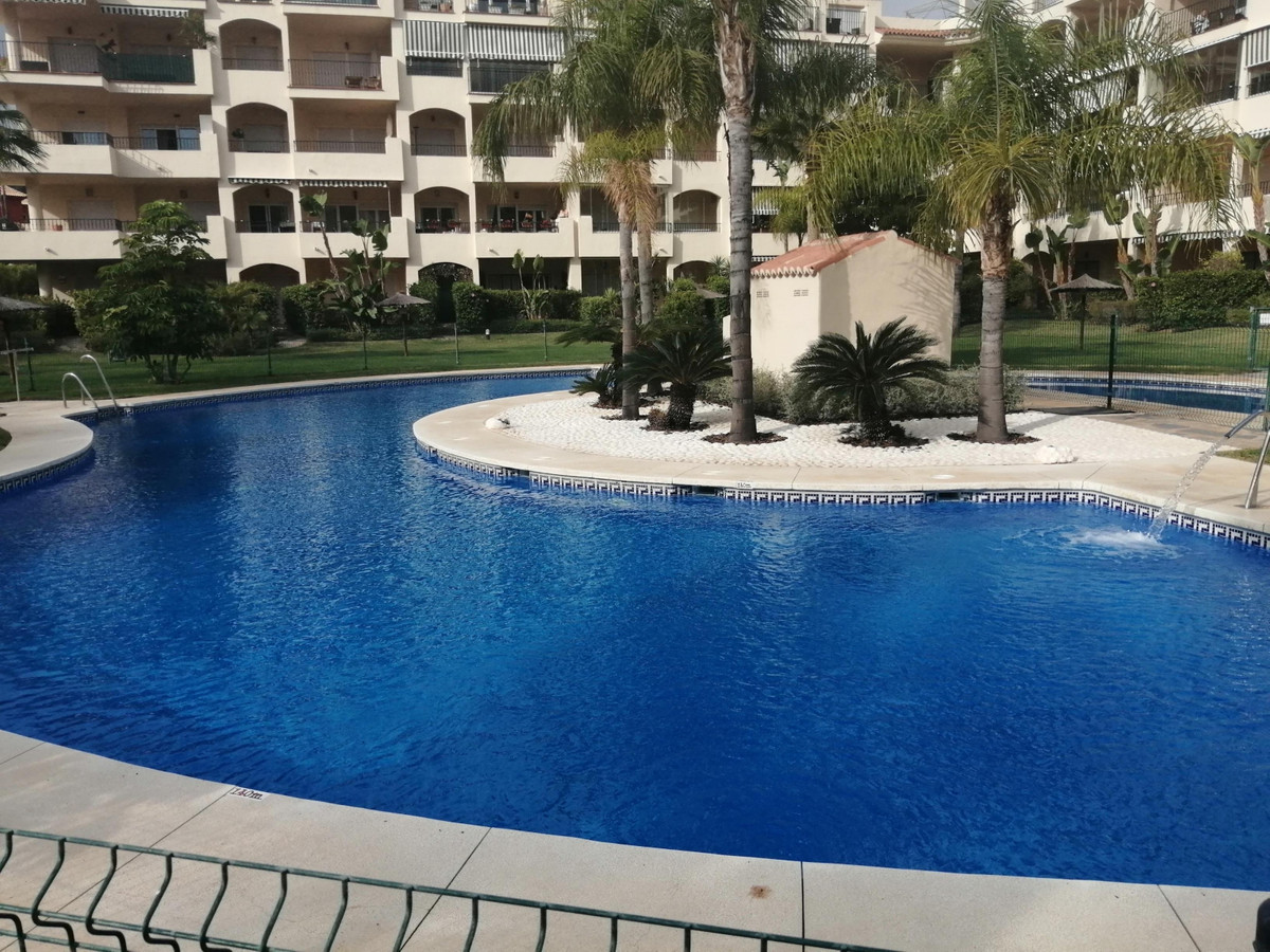 Middle Floor Apartment, Mijas, Costa del Sol. 2 Bedrooms, 2 Bathrooms, Built 108 m².  Setting : Clos, Spain