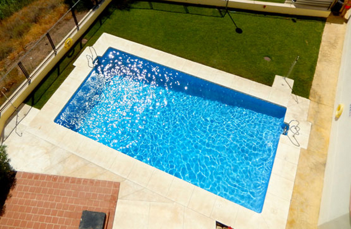 Ground Floor Apartment, Torreblanca, Costa del Sol. 2 Bedrooms, 2 Bathrooms, Built 151 m².  Setting , Spain