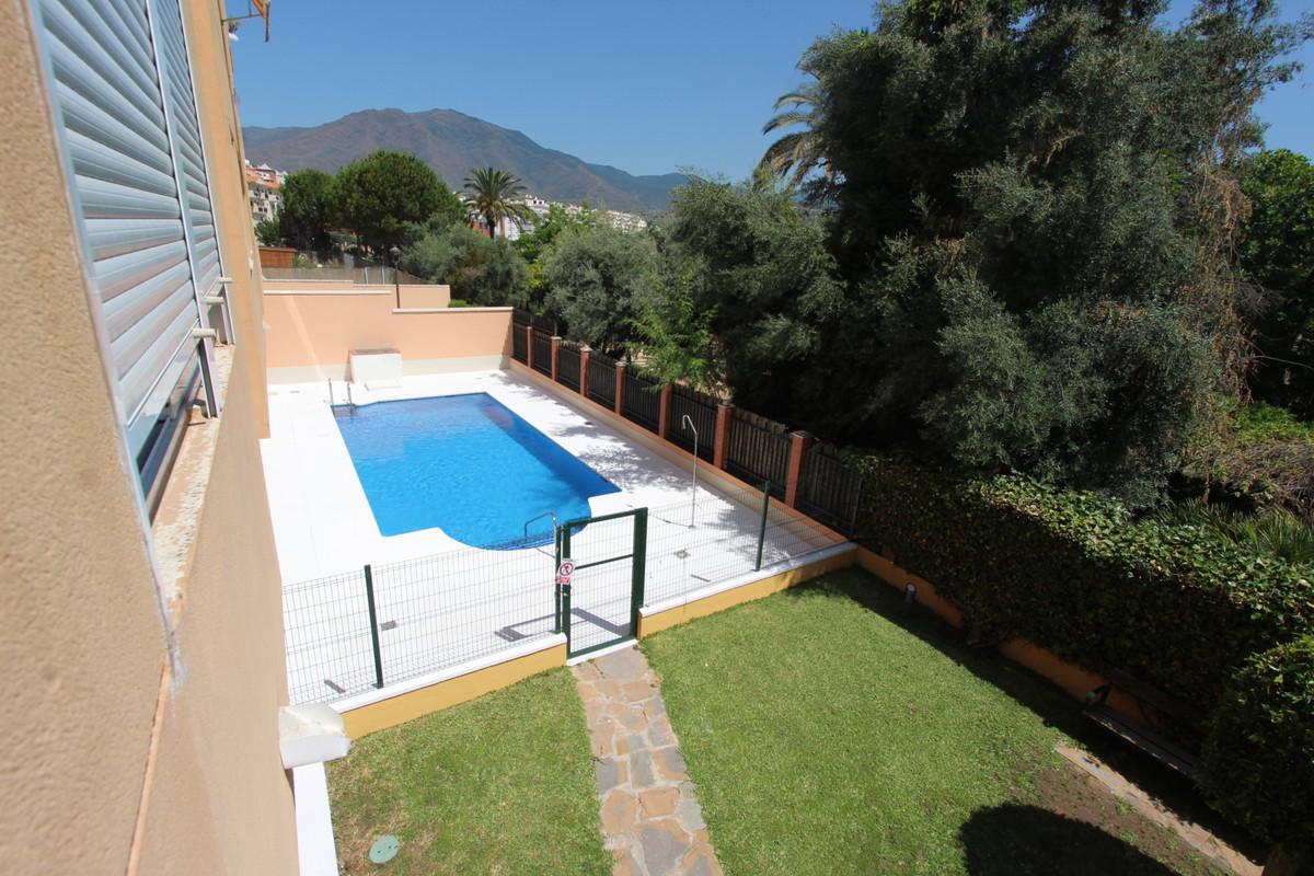 Lägenhet - Estepona