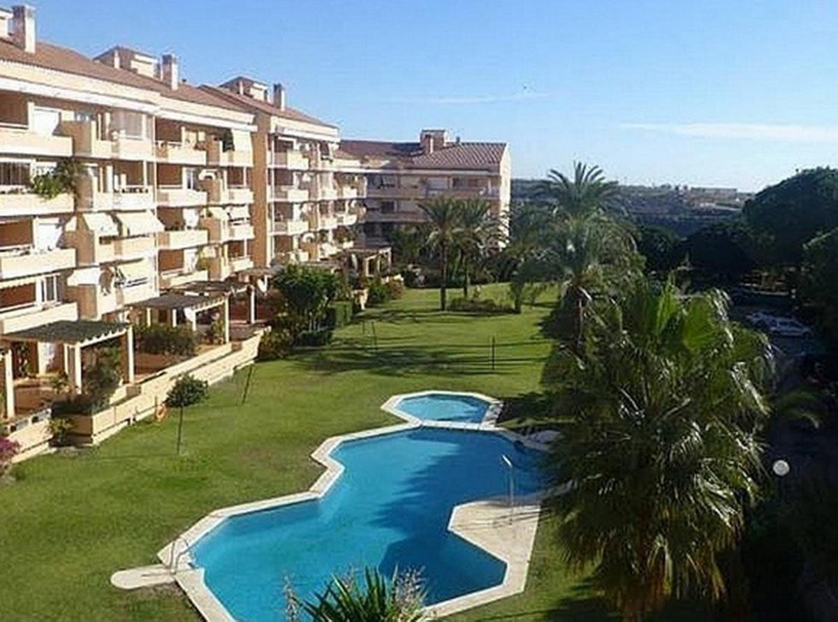 Marbella Banus Apartamento en Venta en Selwo – R3555337