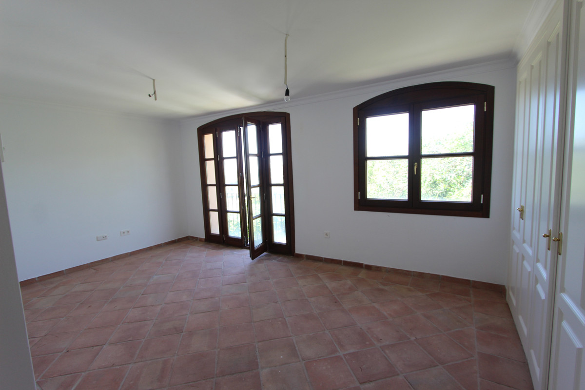 Adosado en Venta en La Heredia – R3650876