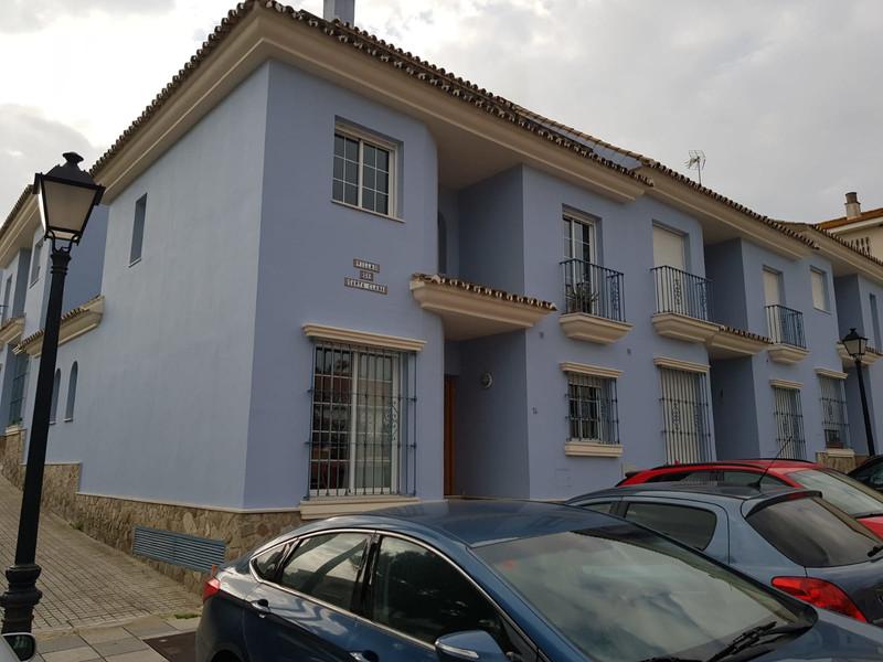 Marbella Banus Adosada a la venta, San Roque – R3557722