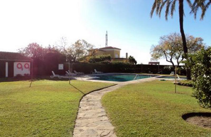 Marbella Banus Apartamento Planta Baja en venta, El Paraiso – R3555340