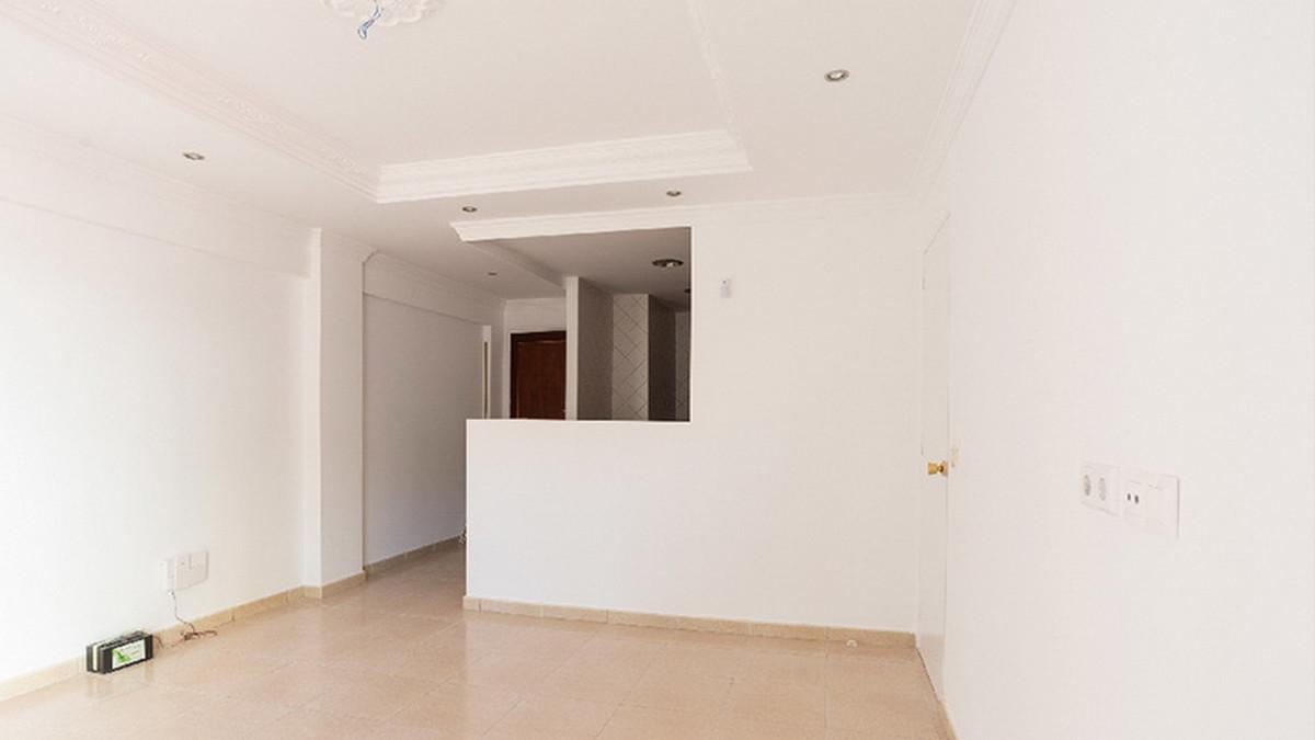 Apartamento en Venta en Marbella – R3847027