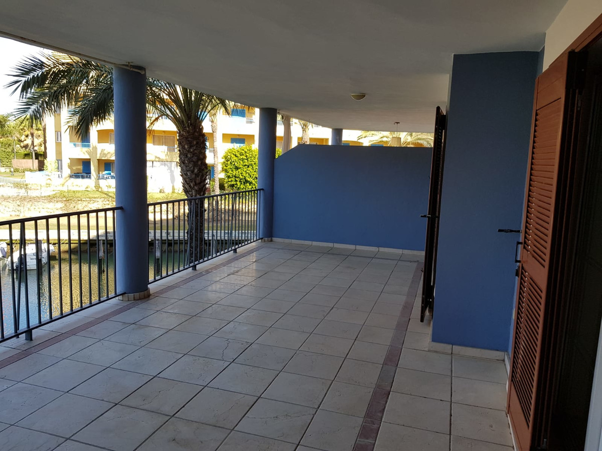 2 Bedroom Middle Floor Apartment For Sale Sotogrande