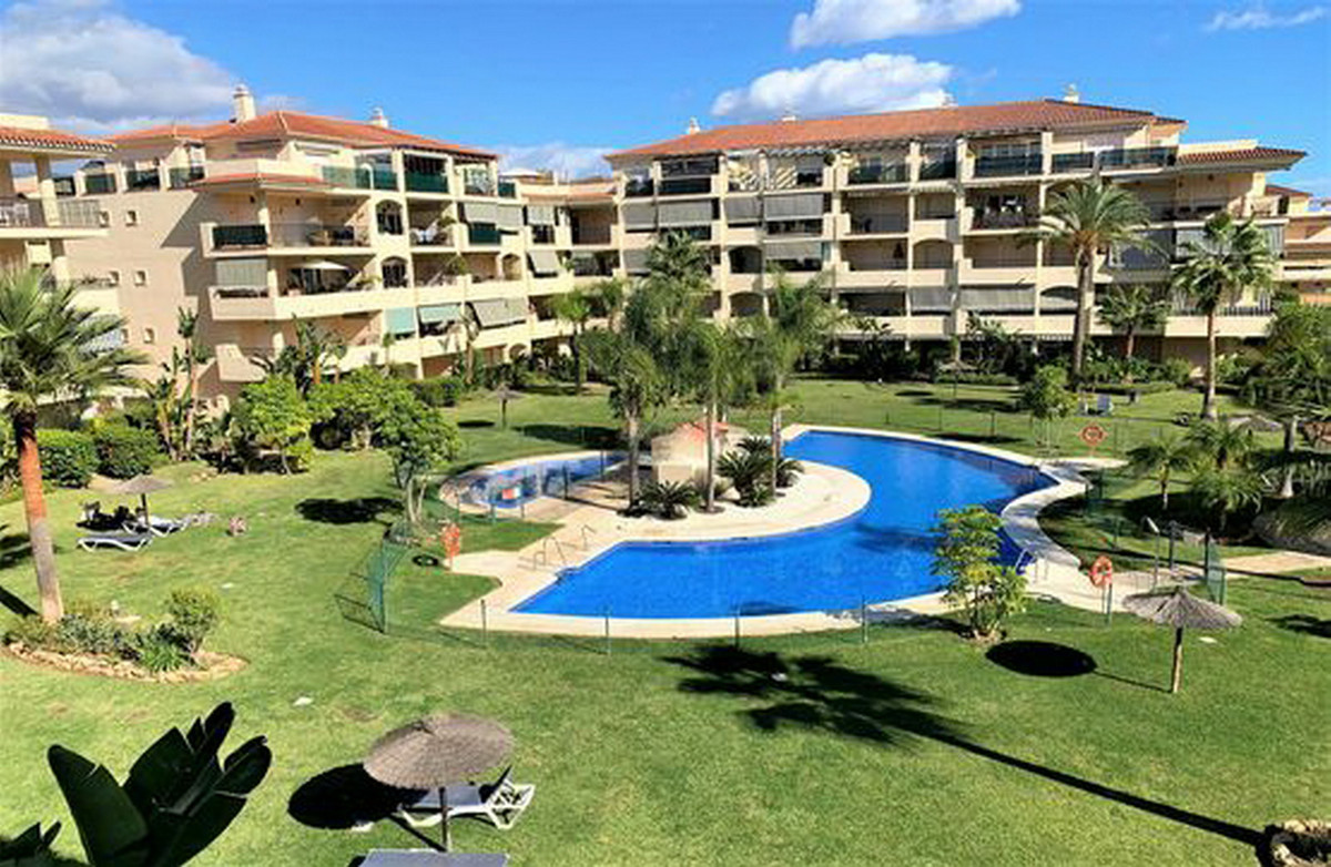 Middle Floor Apartment for sale in La Cala Hills