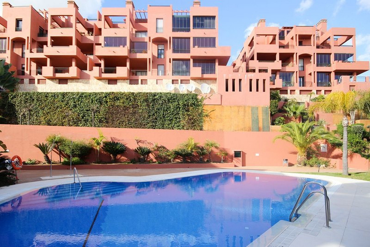Ground Floor Apartment, Calahonda, Costa del Sol. 2 Bedrooms, 2 Bathrooms, Built 92 m², Terrace 65 m, Spain