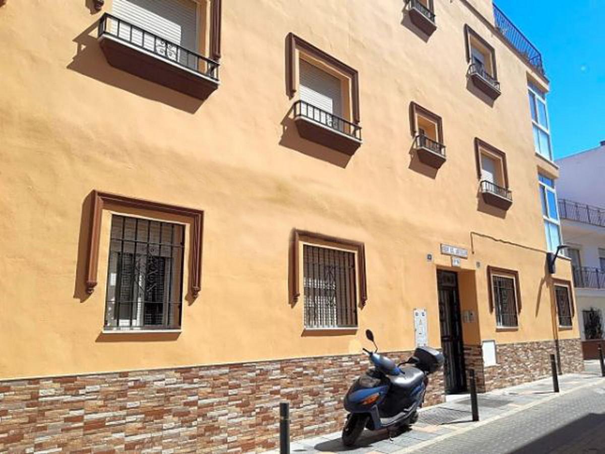 Middle Floor Apartment in Las Lagunas