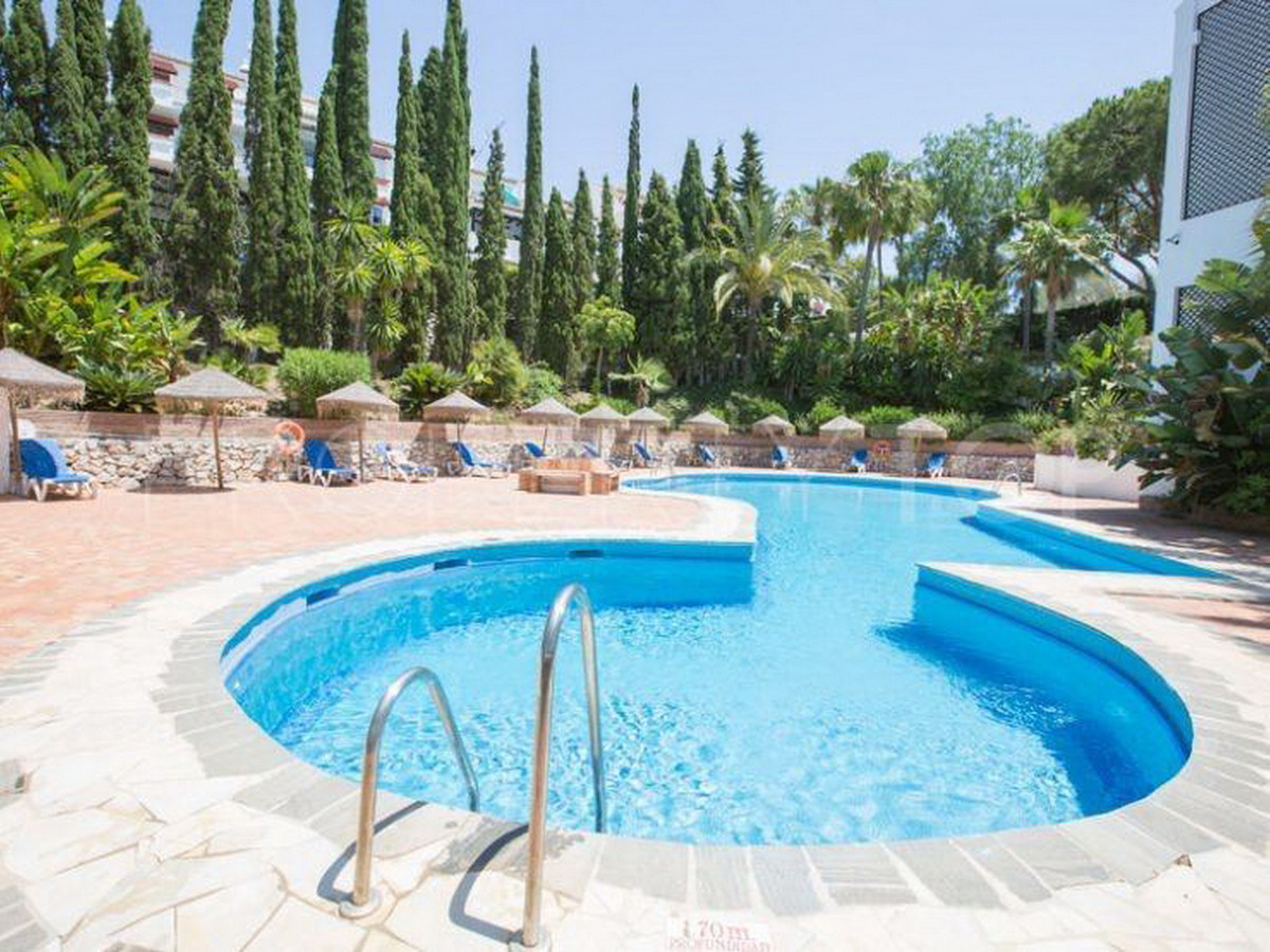 Marbella Banus Apartamento en Venta en Las Chapas – R3555457