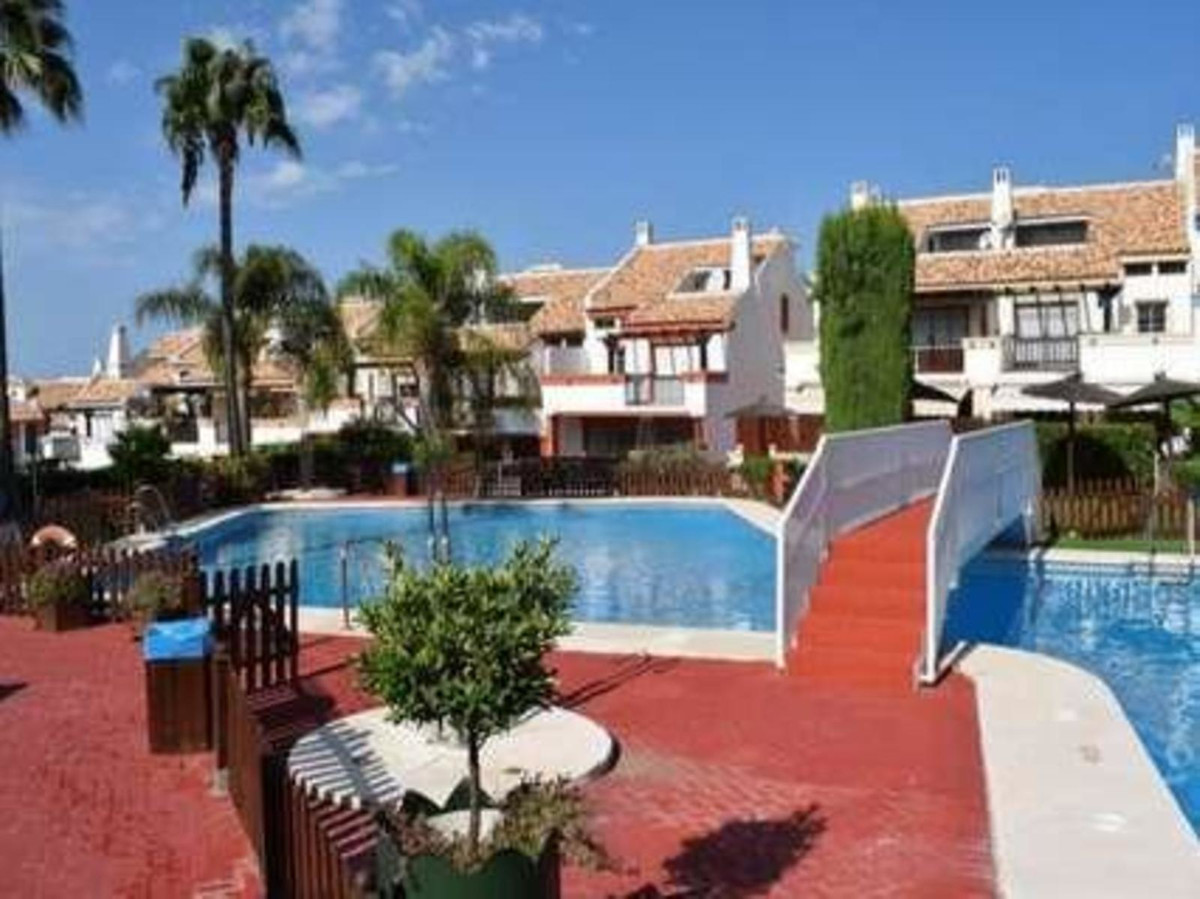 Fantastic townhouse near the center of Marbella, Malaga.267 sqm built distributed on 4 levels. Basem, Spain