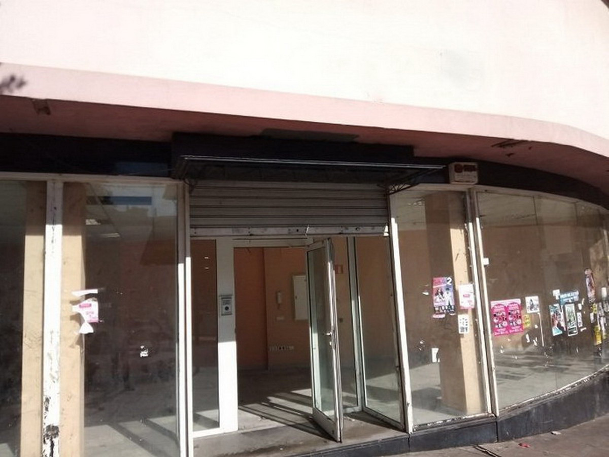 Business, Torremolinos, Costa del Sol. Built 482 m².  Setting : Town, Commercial Area, Close To Shop,Spain