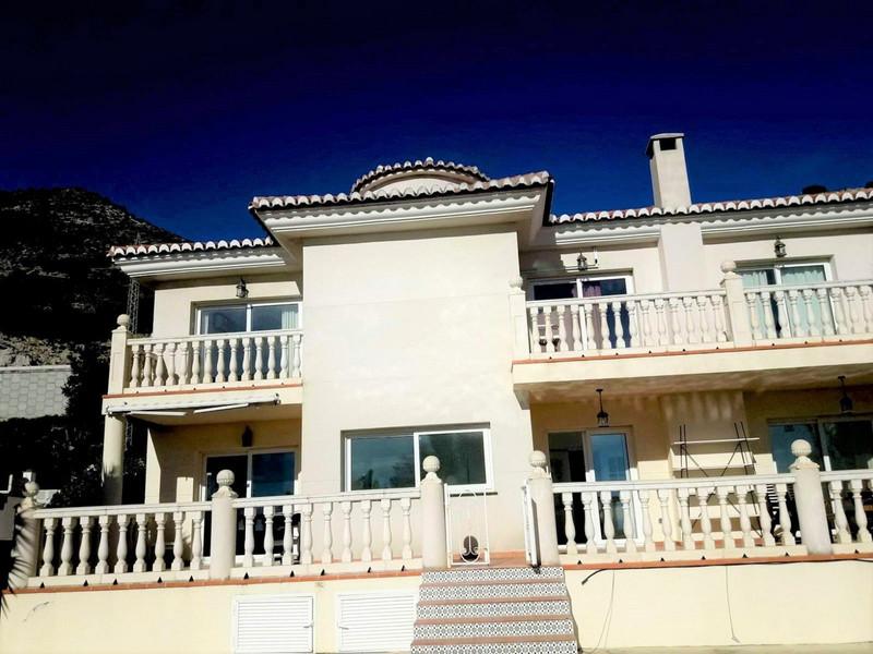 Marbella Banus Villa – Chalet en venta en La Capellania – R3477571