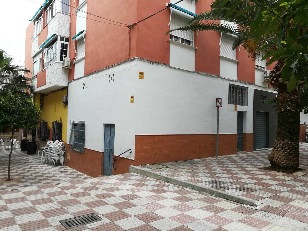 Commercial for sale in Arroyo de la Miel
