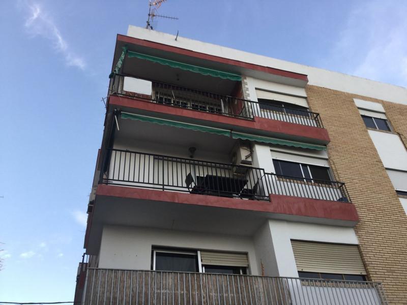 Top Floor Apartment in Motril for sale