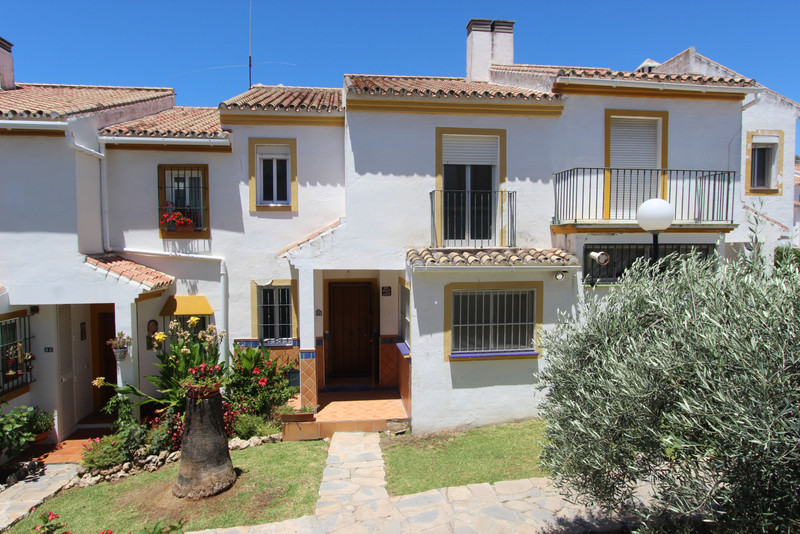 Detached Villa - Estepona - R3443239 - mibgroup.es