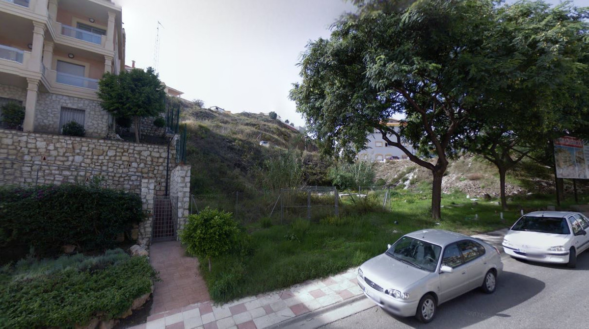 R3303454: Plot for sale in Torrequebrada