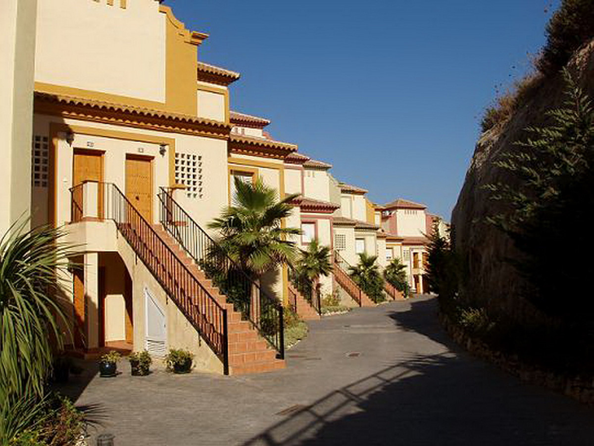 2 Bedroom Apartment for sale Casares Playa