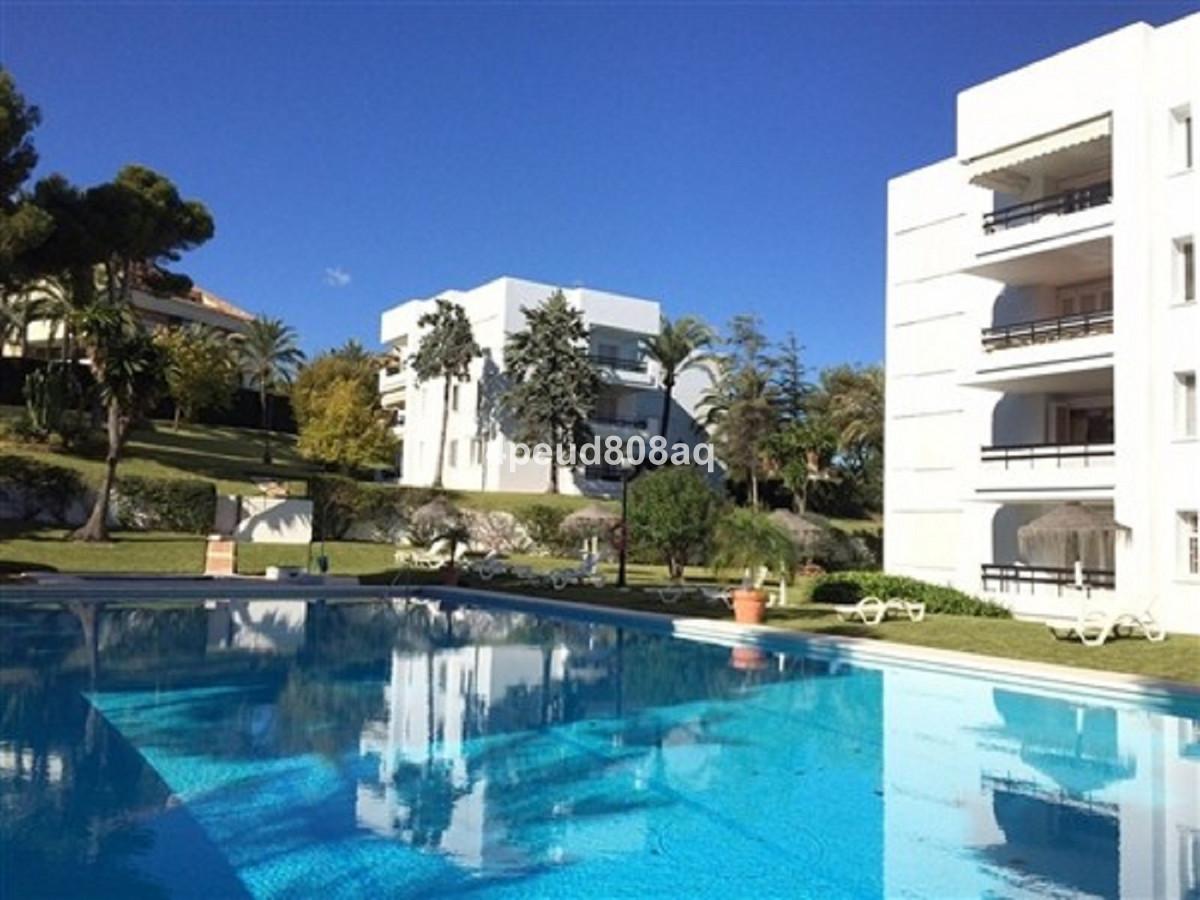 Marbella Banus Apartamento en Venta en Los Monteros – R3576613