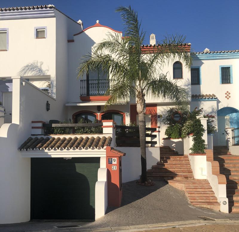 Marbella Banus Adosada a la venta en Mijas Costa – R3609506