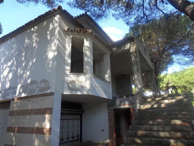 Detached Villa for sale in Hacienda Las Chapas
