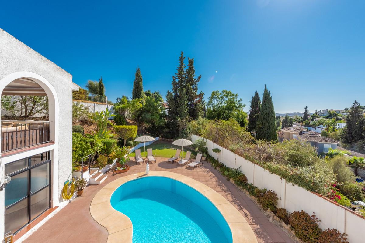 Villa con 3 Dormitorios en Venta Campo Mijas