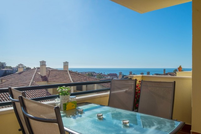 2 Bedroom Middle Floor Apartment For Sale Fuengirola