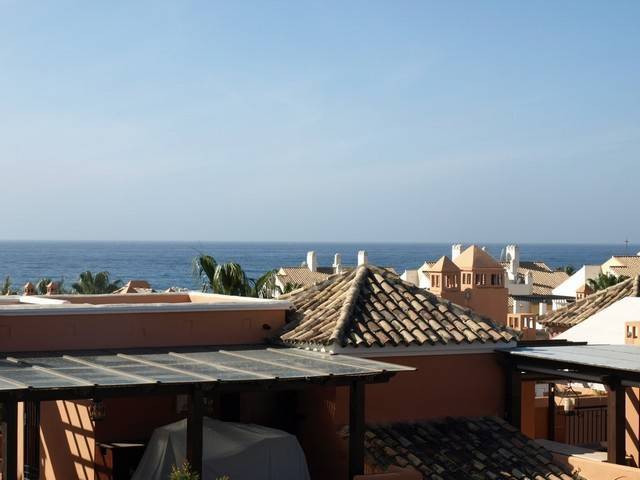 2 Bedroom Terraced Townhouse For Sale Bahía de Marbella