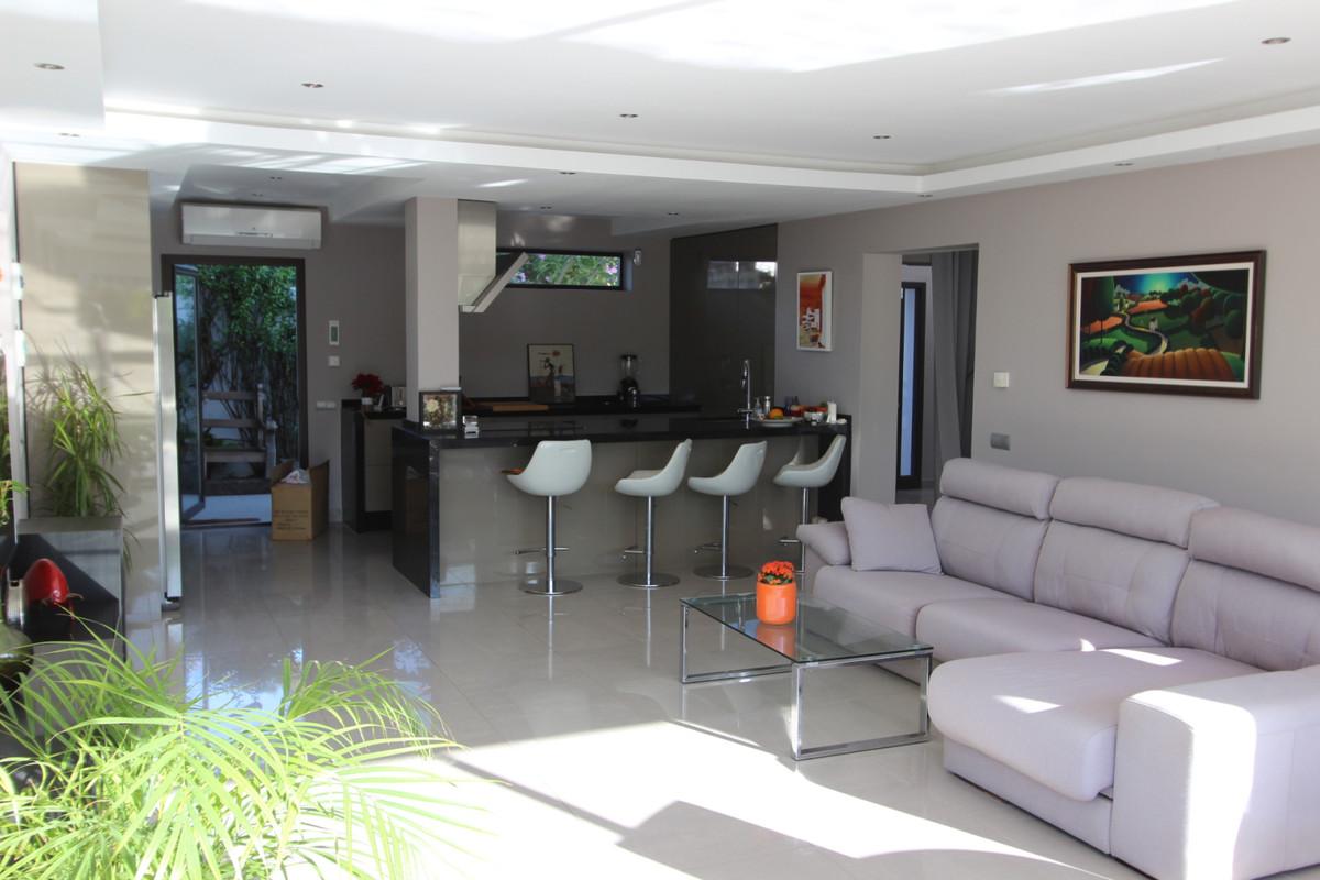Villa Independiente en Costalita, Costa del Sol
