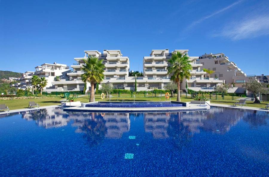 3 Bedroom Middle Floor Apartment For Sale Benahavís