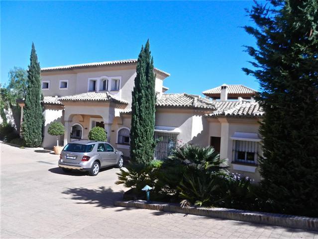 Detached Villa for sale in El Paraiso R848545