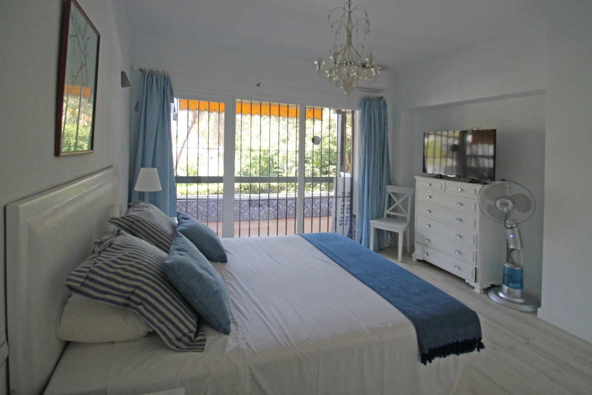 1 Bedroom Middle Floor Apartment For Sale The Golden Mile