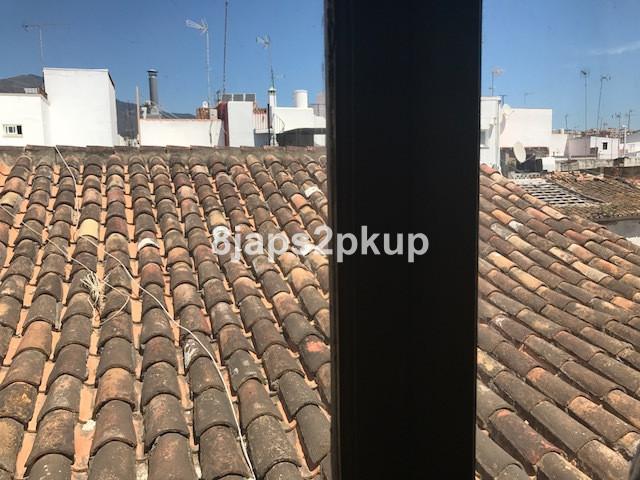 Rijhuis te koop in Estepona R2933090