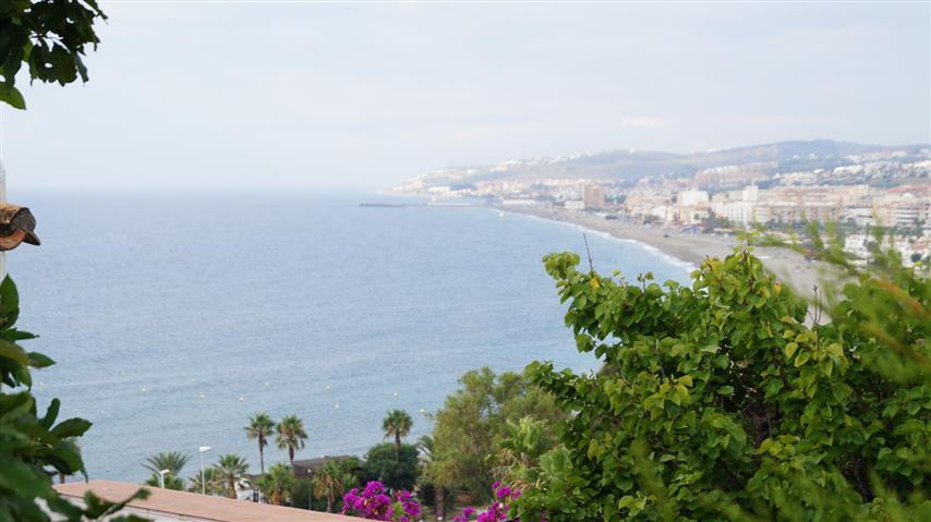 2 bed townhouse for sale casares playa