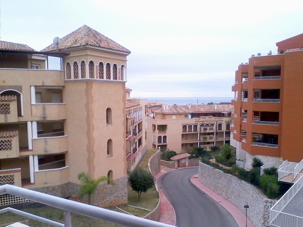 R2658257: Apartment for sale in Riviera del Sol