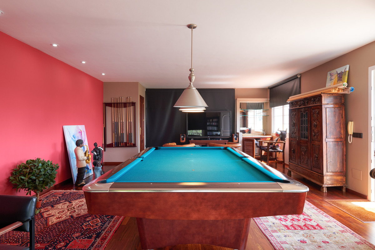 5 Bedroom Detached Villa For Sale El Madroñal