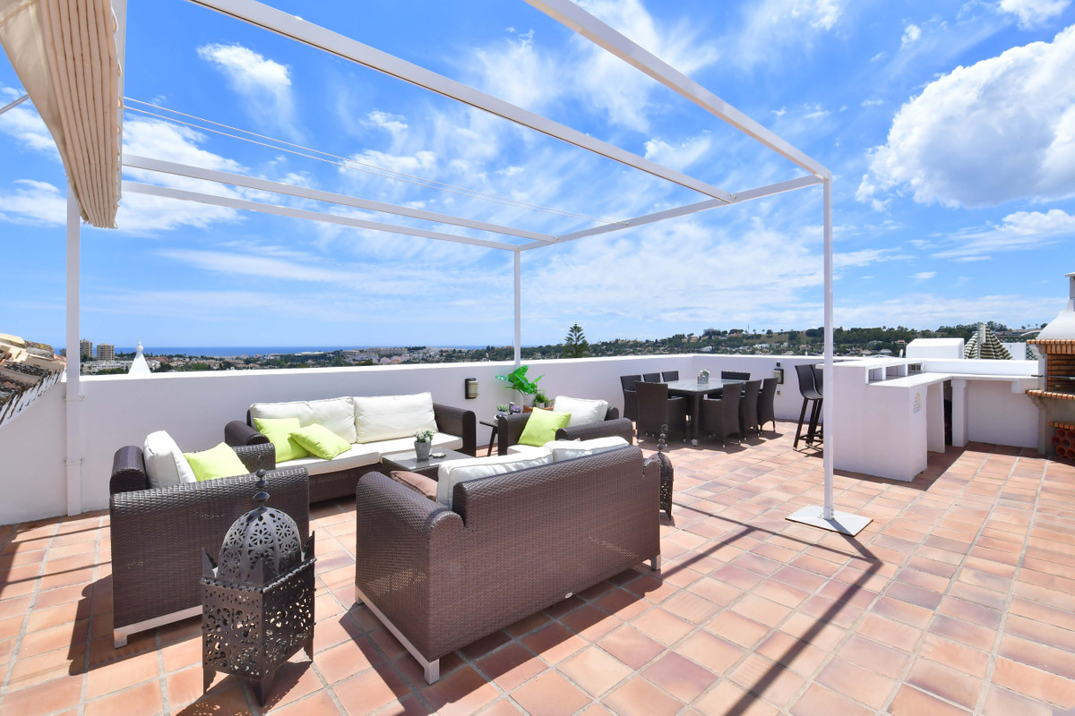 4 Bedroom Penthouse Apartment For Sale Nueva Andalucía