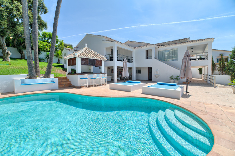 5 bed villa for sale el rosario