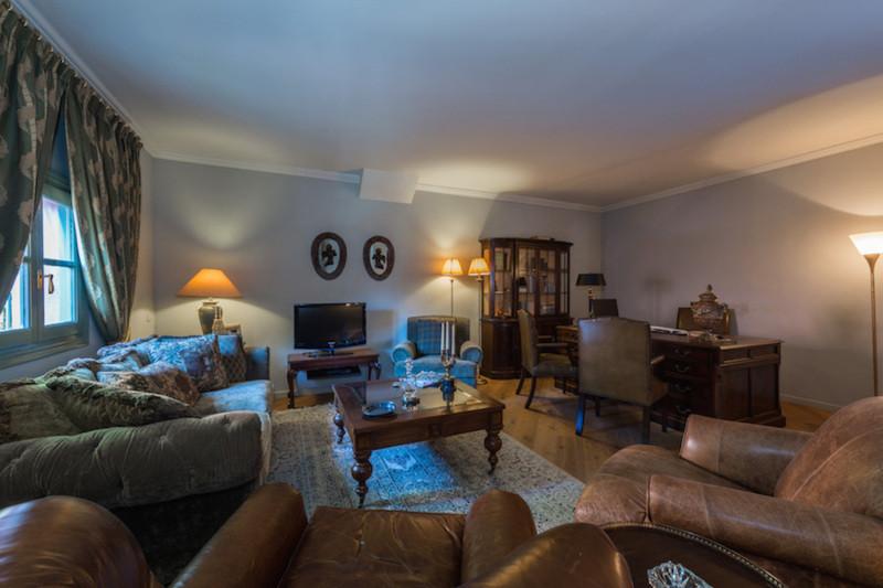 Villa con 5 Dormitorios en Venta Hacienda Las Chapas