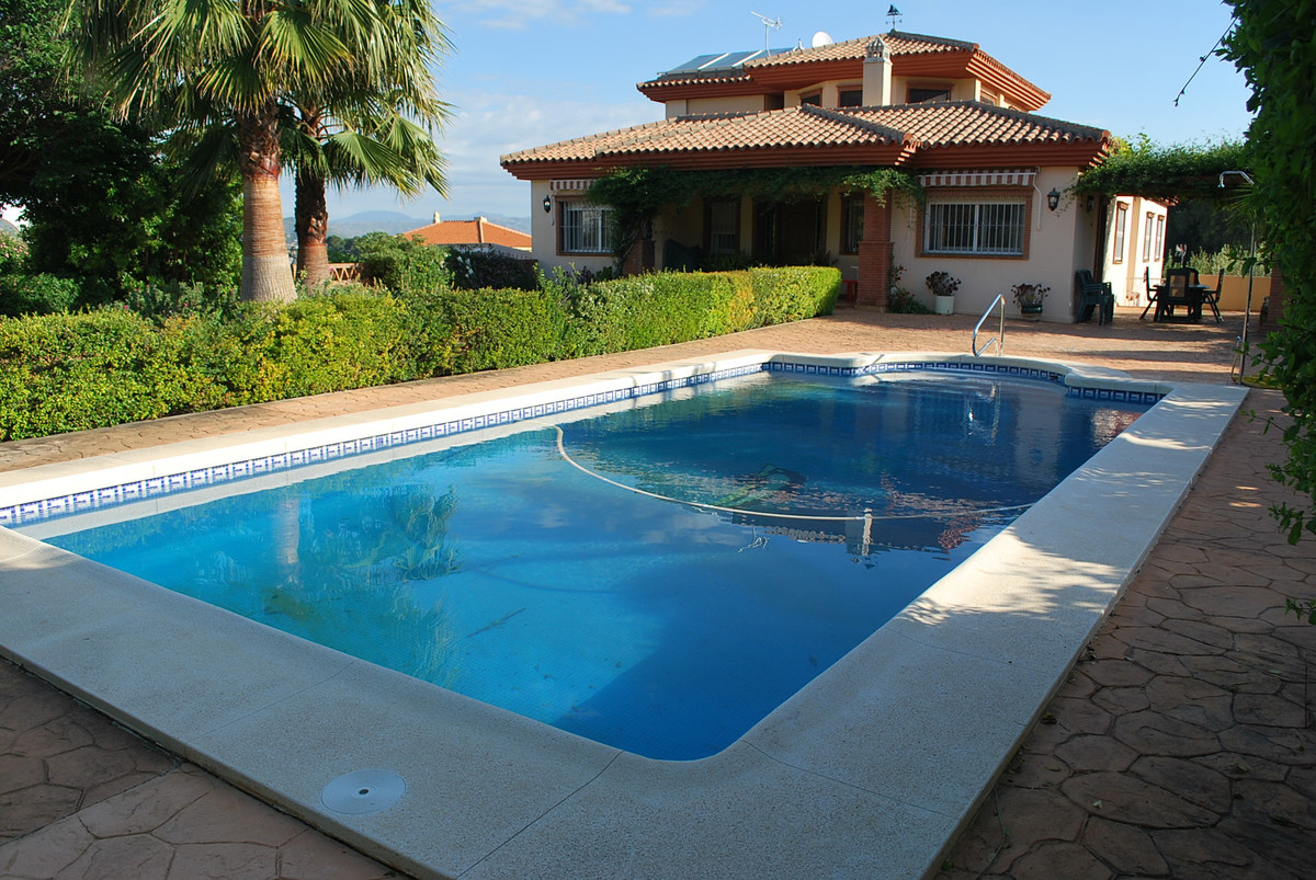 6 bedroom villa for sale alhaurin de la torre