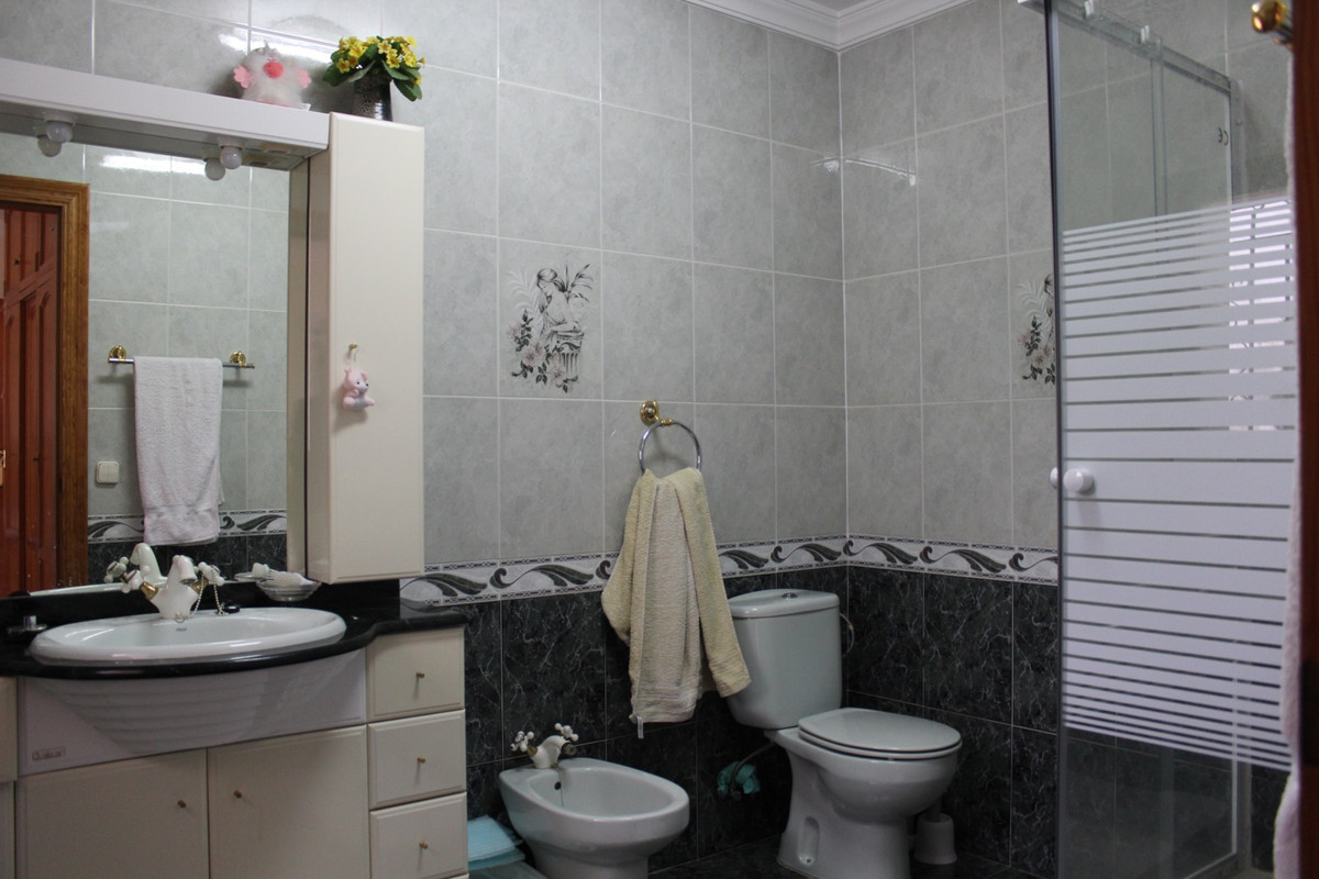 2 Bedroom Townhouse for sale Nueva Andalucía