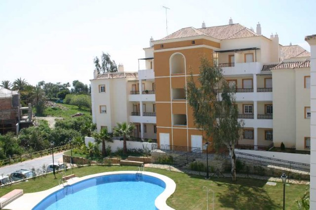 2 bed apartment for sale nueva andalucia